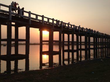 【ミャンマー】古都マンダレー/アマラプラ観光!ウーベイン橋の夕日は最高
