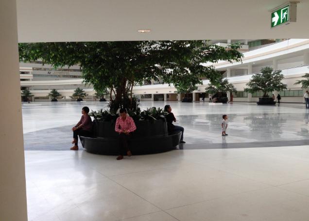 タイ・バンコクでのビザ更新・Re-entry Permitなどの手続きはイミグレで
