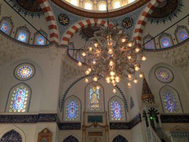 【東京ジャーミイ・トルコ文化センター】美しいイスラム建築の日本最大のモスク in 代々木上原